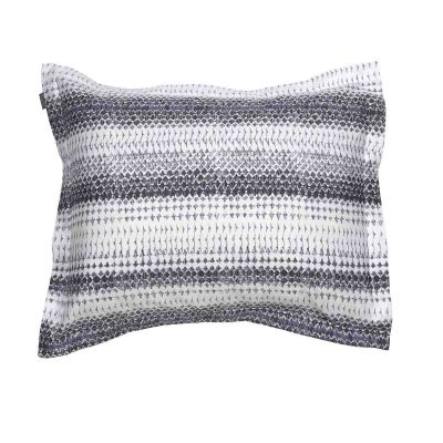 GRAPHIC PEN PILLOWCASE